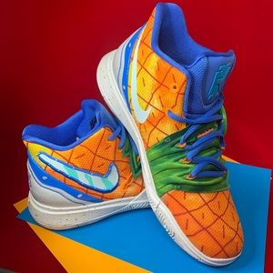 "Kyrie 5 ""Pineapples"""